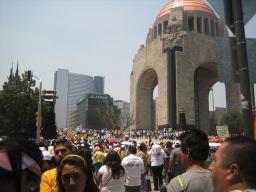 革命記念、メキシコシティ